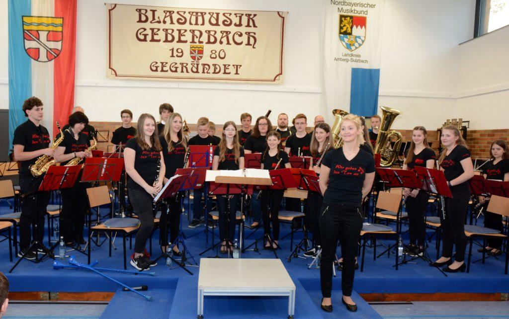 Nachwuchsorchester bei seinem Auftritt zum Frühjahrskonzert